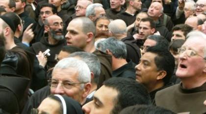 Franziskanermenge. Bild von Bruder Michael Blasek