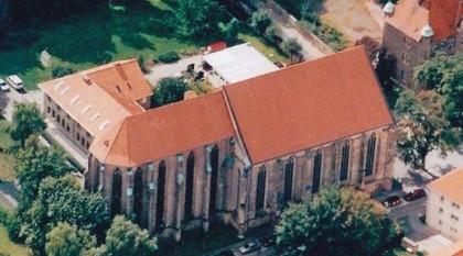 Gesamtansicht von Kloster und Kirche in Halberstadt