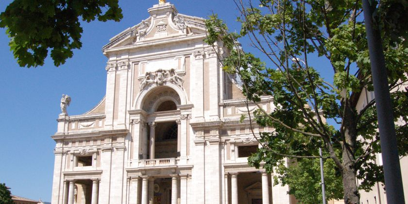 Fassade der Basilika Santa Maria degli Angeli. Foto von Kerstin Meinhardt.