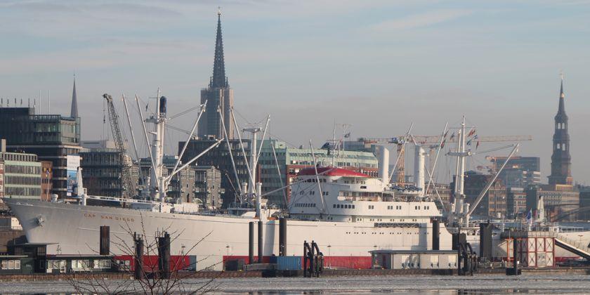 Die Gemeinschaft der Franziskaner lebt und arbeitet im Herzen der Hansestadt Hamburg
