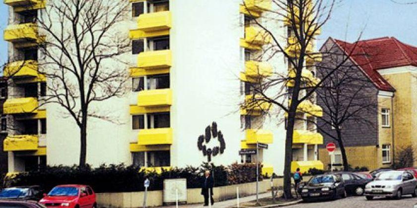 Das Franziskus-Kolleg, das Hauptwirkunsfeld der Brüder, befindet sich in unmittelbarer Nähe des Konventes.