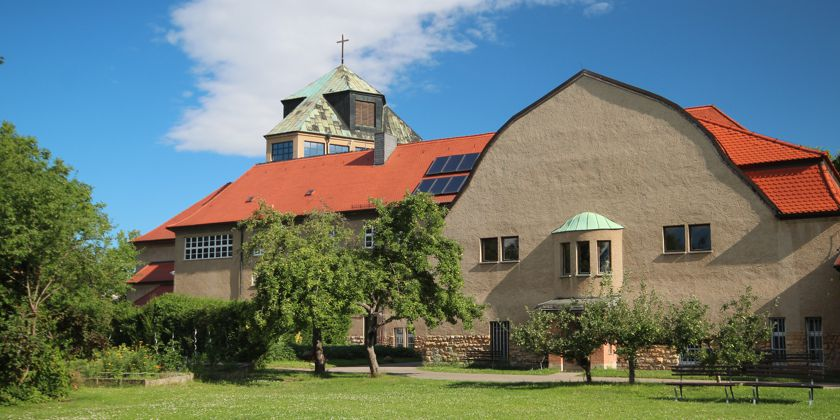 Franziskanerkloster und Pfarrkirche in Halle