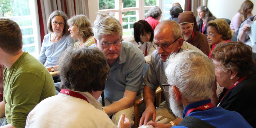 """Gruppenarbeit während der """"Bibelwoche"""" im Bildungshaus Ohrbeck"""