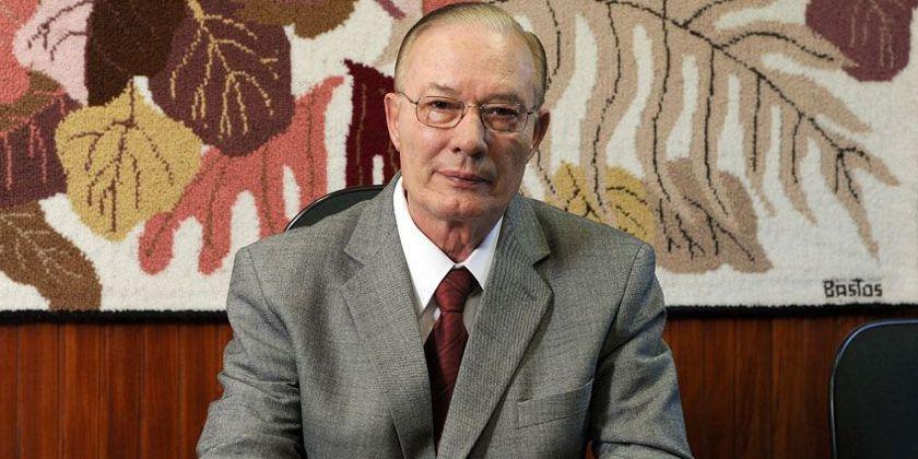 Der brasilianische Franziskaner und Publizist Prof. Dr. P. Antônio Moser ofm wurde 75 Jahre alt