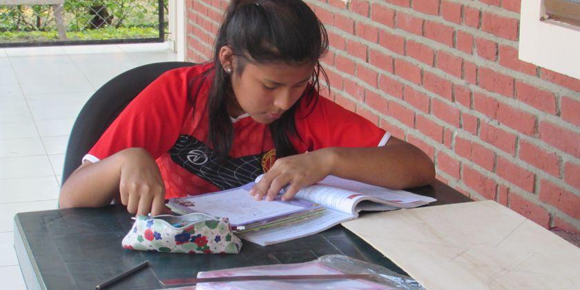 """Schülerin im Mädcheninternat """"Casa de Apoyo"""" in Bolivien. Bild von Schwester Maria Potrykus Bizewska osf"""