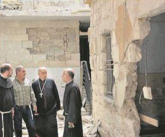 Die Zerstörungen des Krieges sind im syrischen Aleppo allgegenwärtig. Der Franziskaner Georges Abou-Khazen berichtete nun im Zuge einer Reise zum deutschen Katholikentag in Leipzig von der dramatischen Lage der Menschen in Aleppo. Fotos: privat
