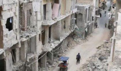 Zerstörte Straße in Aleppo (Syrien). Bild von der Kustodie des Heiligen Landes