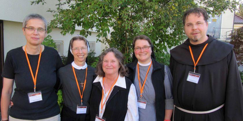 INFAG Regionalvorstand für Deutschland, Luxemburg und Belgien: v.l.n.r. Gisela Fleckenstein, Schwester Martina Seelmaier, Schwester Evamaria Durchholz, Schwester Elisa Kreutzer, Bruder Natanael Ganter.