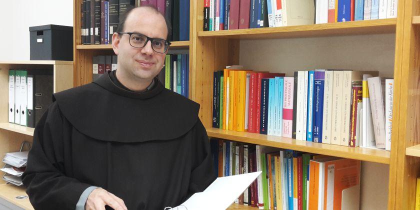 """Bruder Rafael Rieger war einer der von Papst Franziskus bestellten """"Missionare der Barmherzigkeit""""."""